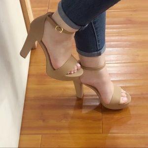 Tan Platform Heel, Block Heel ✨